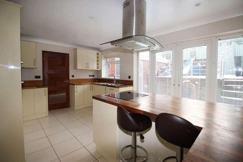 4 Bedrooms Semi Detached House for sale in Kings Court, Stockton-On-Tees, TS20