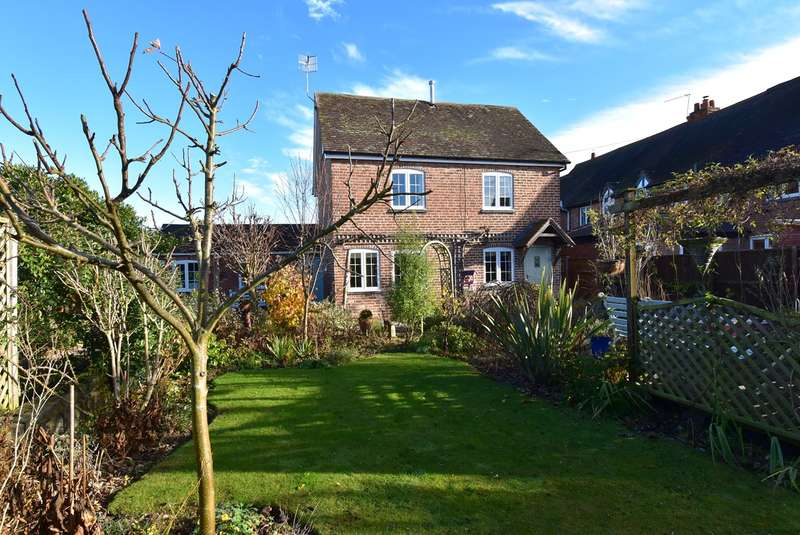 3 Bedrooms Cottage House for sale in O'Keys Lane, Fernhill Heath, Worcester, WR3