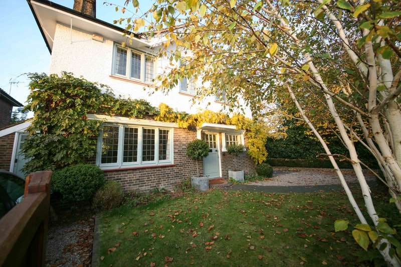 5 Bedrooms Detached House for sale in Umbria Street, London, London, SW15