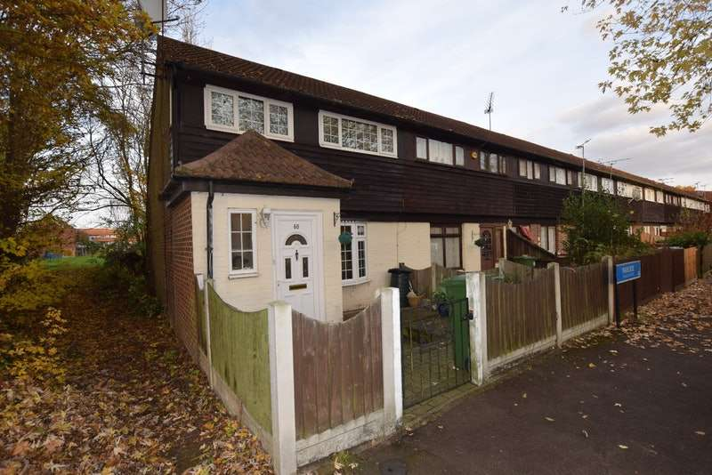 2 Bedrooms Terraced House for sale in Parkside, Basildon, Essex, SS13