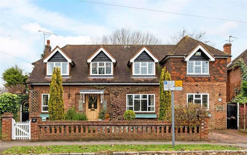 4 Bedrooms Detached House for sale in Montagu Road, Datchet, Berkshire, SL3