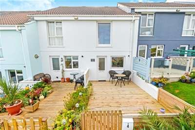 2 Bedrooms Terraced House for rent in Surf View, Newquay