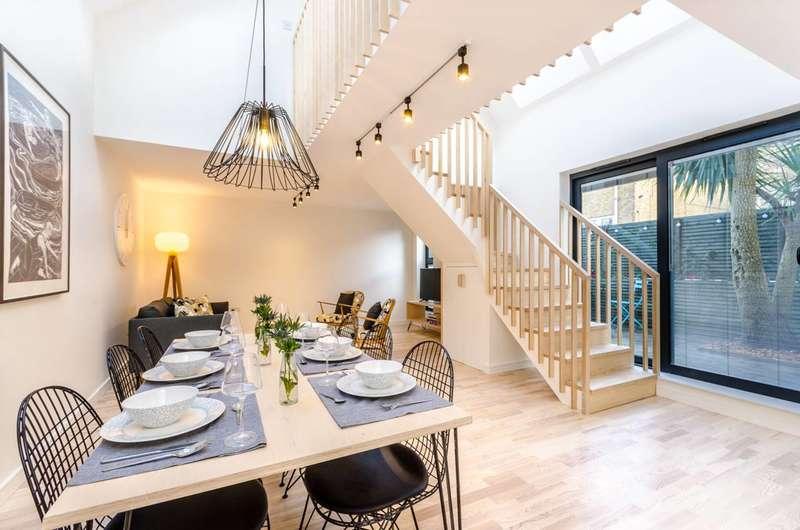 3 Bedrooms Semi Detached House for sale in Queens Road, Peckham, SE15