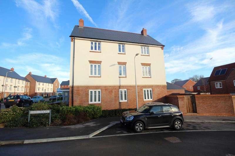 2 Bedrooms Apartment Flat for rent in William Heelas Way, Wokingham