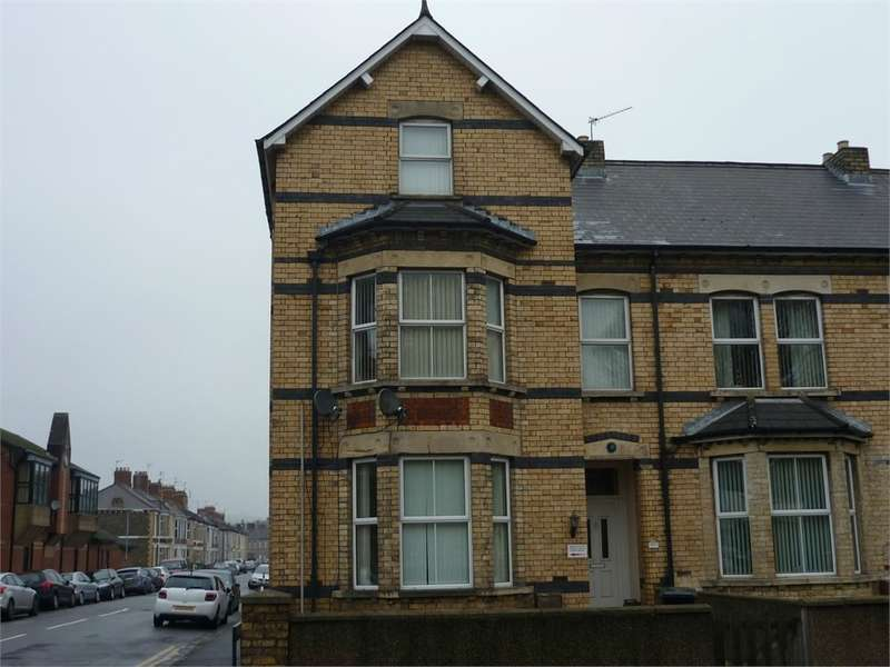 3 Bedrooms Maisonette Flat for sale in Chepstow Road, Newport, NP19