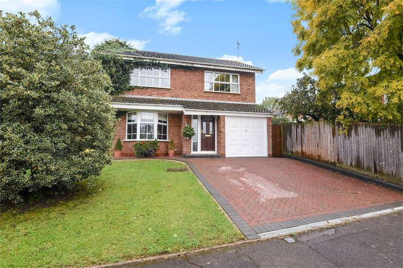 4 Bedrooms Detached House for sale in Ashton Road, Wokingham, RG41