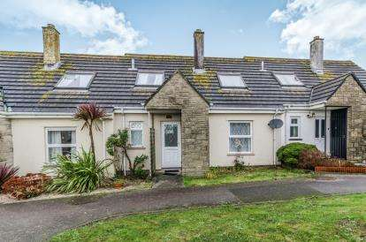 2 Bedrooms Terraced House for sale in Helston, Cornwall