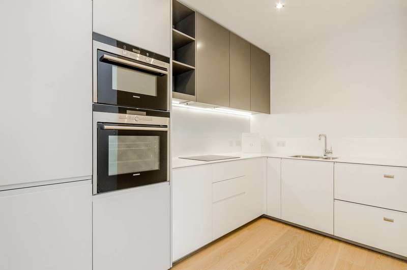 2 Bedrooms Flat for sale in Handyside Street, King's Cross, N1C