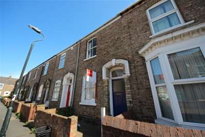 3 Bedrooms Terraced House for rent in Nicholas Street, Lawrence Street