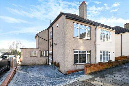 3 Bedrooms Semi Detached House for sale in Kynaston Road, Bromley