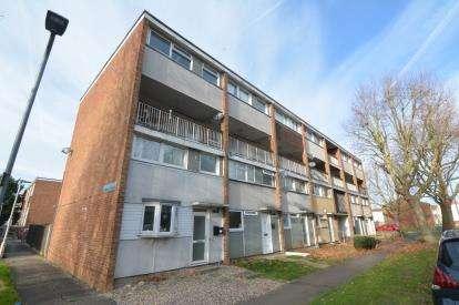 3 Bedrooms Maisonette Flat for sale in Basildon, Essex, United Kingdom