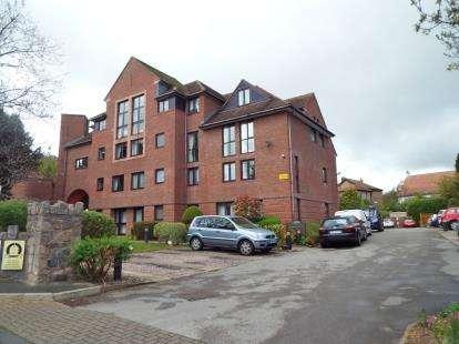 1 Bedroom Flat for sale in Cwrt Bryn Coed, Coed Pella Road, Colwyn Bay, Conwy, LL29