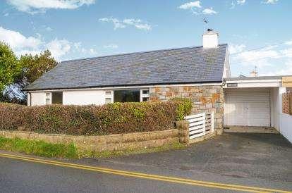 2 Bedrooms Bungalow for sale in Lon Golff, Morfa Nefyn, Pwllheli, Gwynedd, LL53