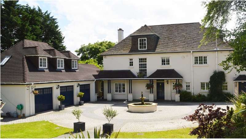 6 Bedrooms Detached House for sale in Star Lane, Capel Llanilltern, Cardiff