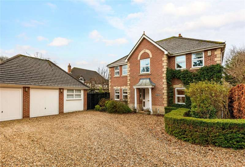 5 Bedrooms Detached House for sale in Slade Hill Gardens, Woolton Hill, Newbury, Hampshire, RG20