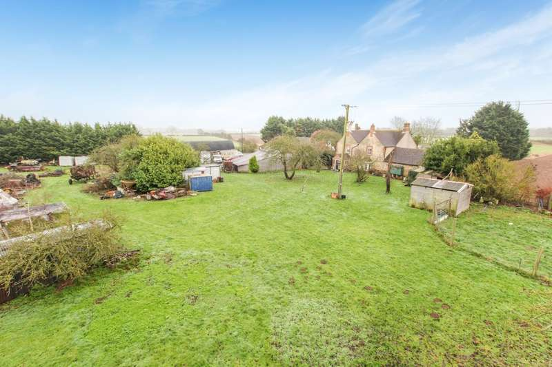 4 Bedrooms Detached House for sale in Great Haseley, Oxford