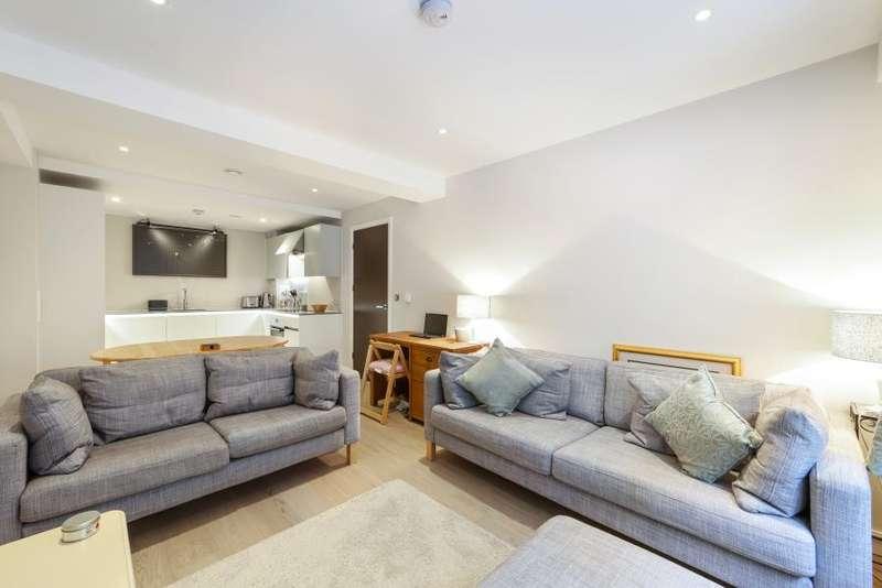 1 Bedroom Flat for sale in Wharf Road, London, N1