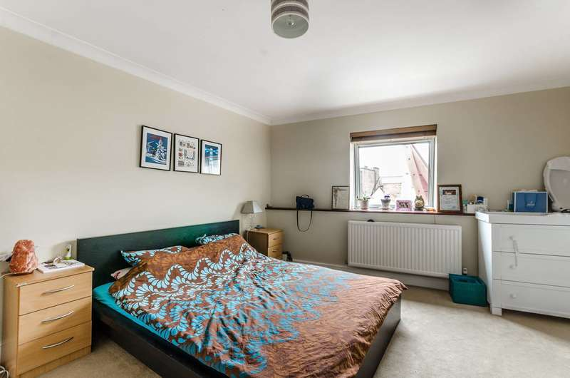 2 Bedrooms Flat for rent in Endell Street, Covent Garden, WC2H