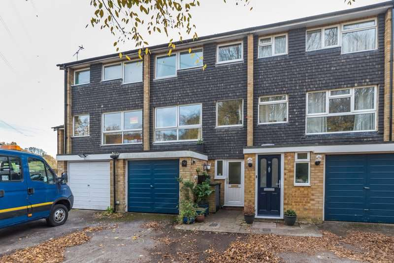 4 Bedrooms Town House for sale in West Riding, St. Albans, Hertfordshire, AL2