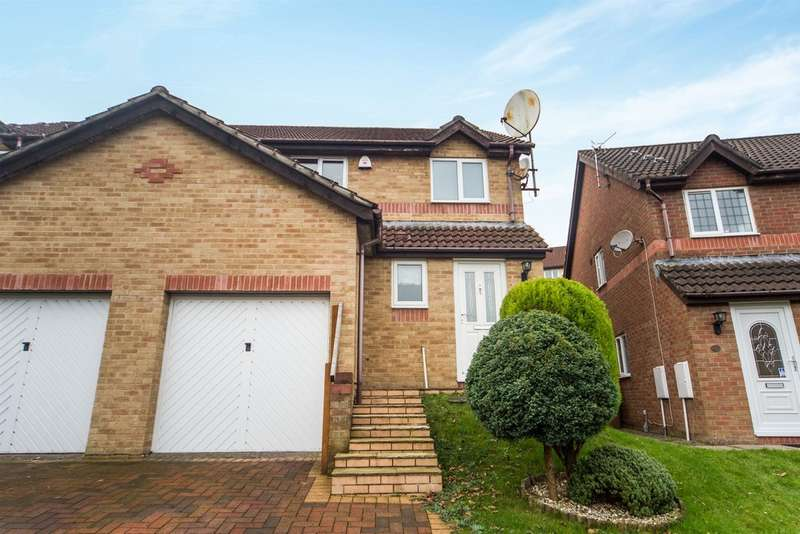 3 Bedrooms Semi Detached House for sale in Dan Yr Ardd, Caerphilly