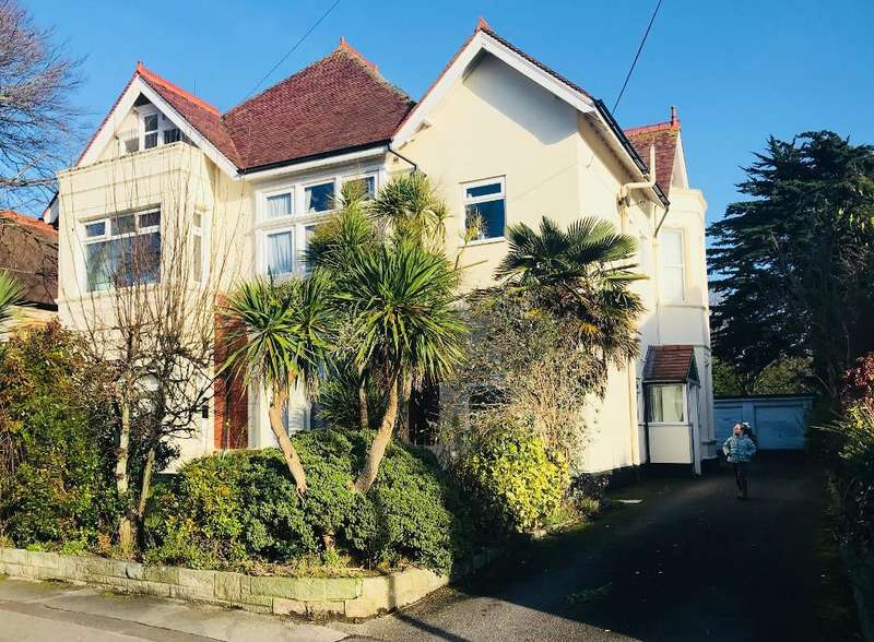 1 Bedroom Flat for sale in 2 watkin road , Boscombe Manor, Bournemouth , Dorset, BH5 1HP