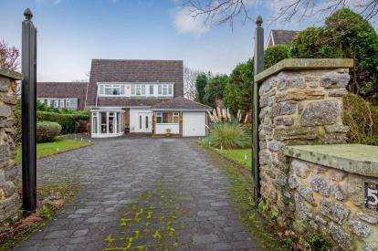 3 Bedrooms Detached House for sale in Parklands, Darras Hall, Ponteland, Northumberland, NE20