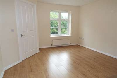 2 Bedrooms Semi Detached House for rent in Wavers Marston, Marston Green