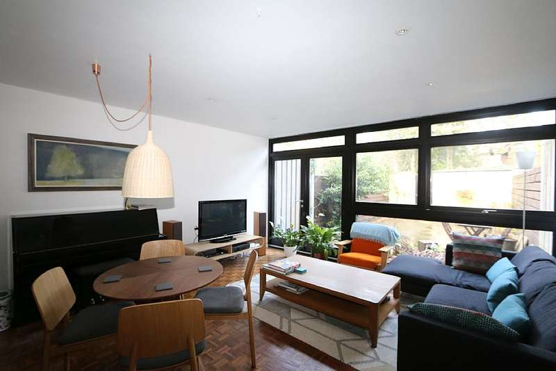 3 Bedrooms Terraced House for sale in Tibbets Close, London, London, SW19