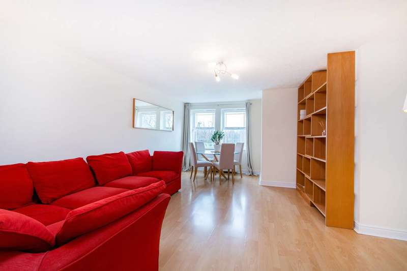 2 Bedrooms Flat for sale in John Archer Way, Wandsworth Common, SW18