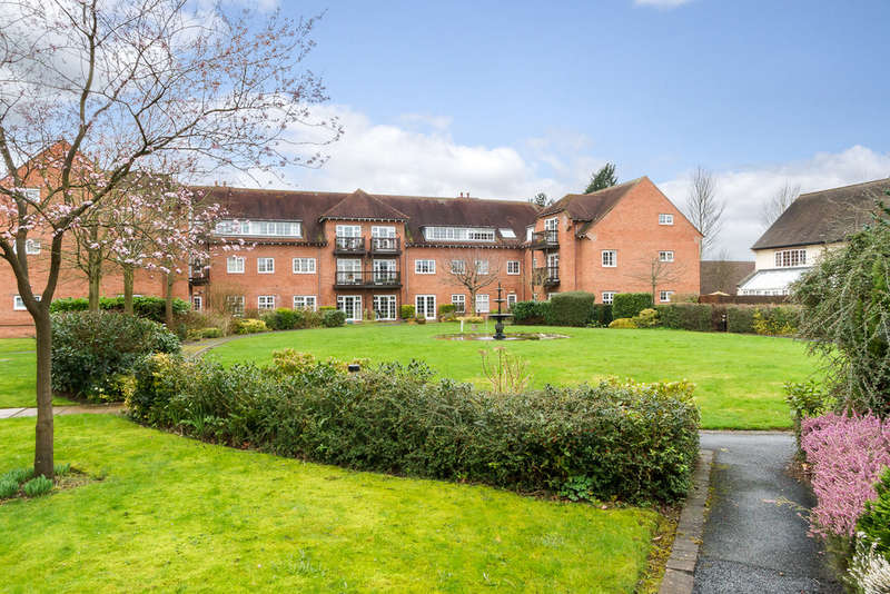 2 Bedrooms Flat for sale in The Maples, Faulkners Lane