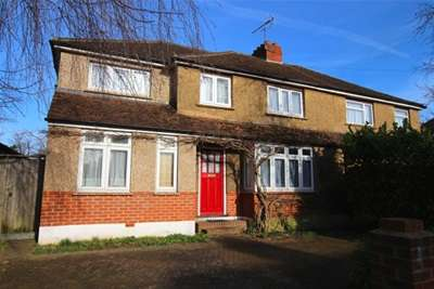 5 Bedrooms House for rent in Norwood Road, Leatherhead, KT24