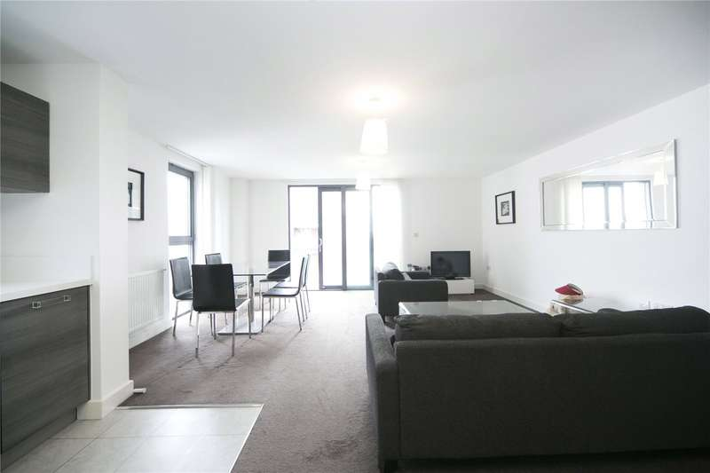 3 Bedrooms Flat for sale in Dekker House, Dalston Square, E8