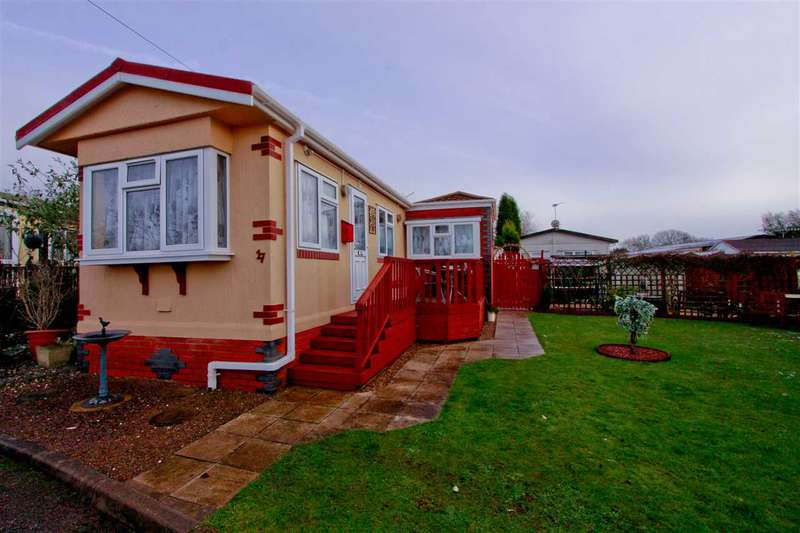 2 Bedrooms Park Home Mobile Home for sale in St. Christophers Park, St. Christophers Road, Coalville