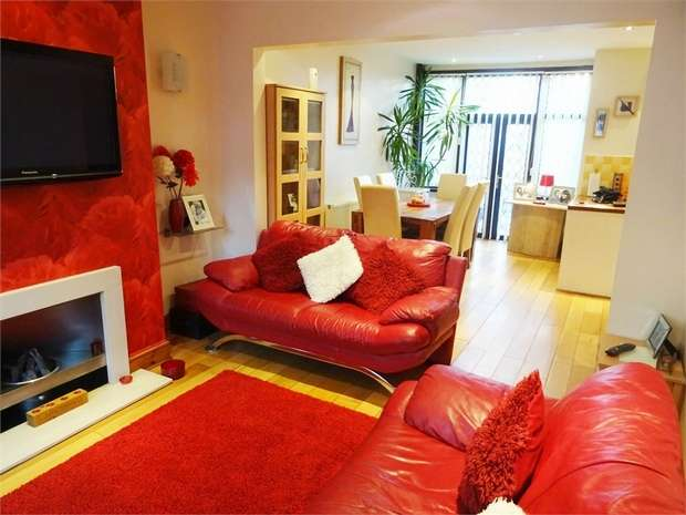4 Bedrooms Terraced House for sale in Grange Road, Blackpool, Lancashire