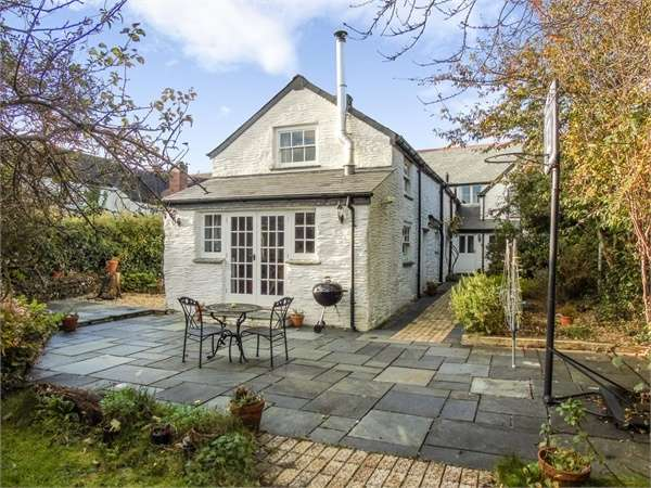 6 Bedrooms Terraced House for sale in Fore Street, Tregony, Truro, Cornwall