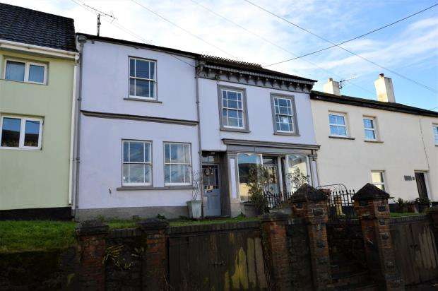 4 Bedrooms Terraced House for sale in Bow, Crediton, Devon