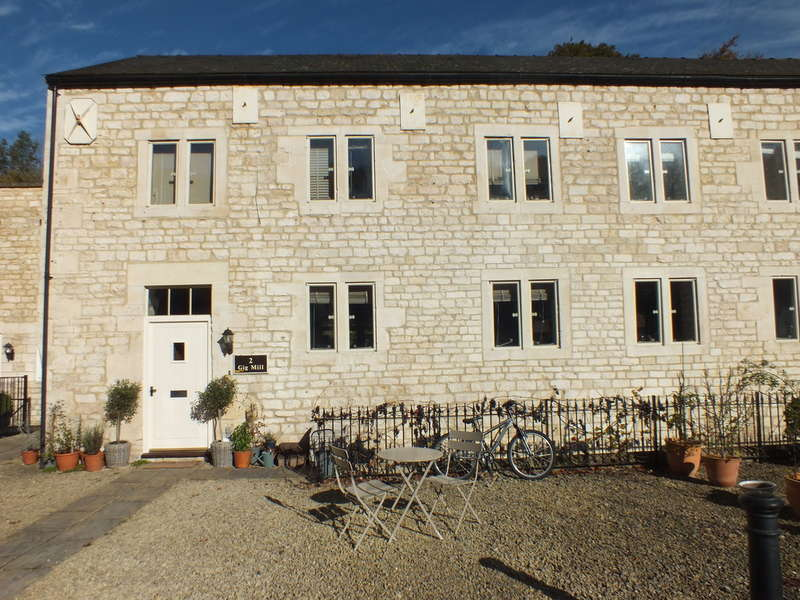 4 Bedrooms Semi Detached House for sale in Longfords Mill, Minchinhampton