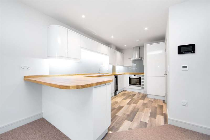 1 Bedroom Apartment Flat for sale in Coombe Lane, Raynes Park