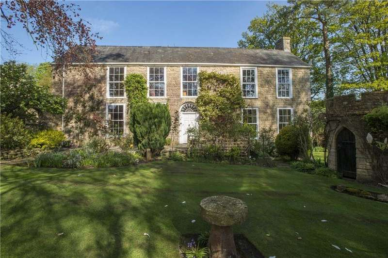 4 Bedrooms Detached House for sale in Gold Hill, Batcombe, Shepton Mallet, Somerset, BA4