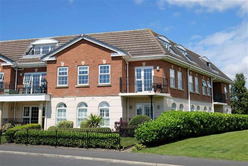 2 Bedrooms Apartment Flat for sale in The Magnolias, Cypress Point, Lytham