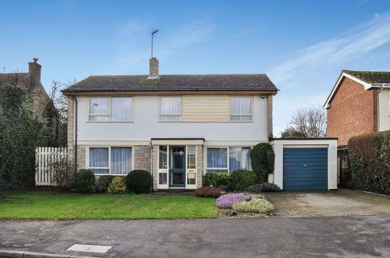 3 Bedrooms Property for sale in Howard Cornish Road, Marcham, Abingdon