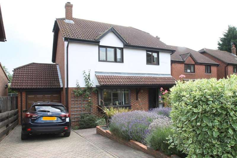 4 Bedrooms Detached House for sale in Raymer Road, Penenden Heath, Maidstone