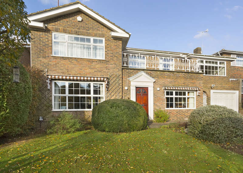 5 Bedrooms Detached House for sale in Hove, East Sussex