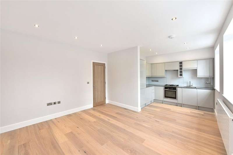 2 Bedrooms Flat for sale in Hertford Road, Hackney, London