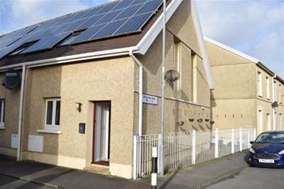 2 Bedrooms House for rent in St Davids Row, Llanelli, Carmarthenshire