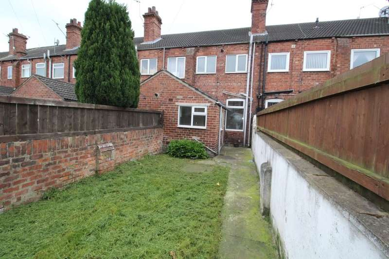 3 Bedrooms Property for rent in Carter Street, Goole, DN14