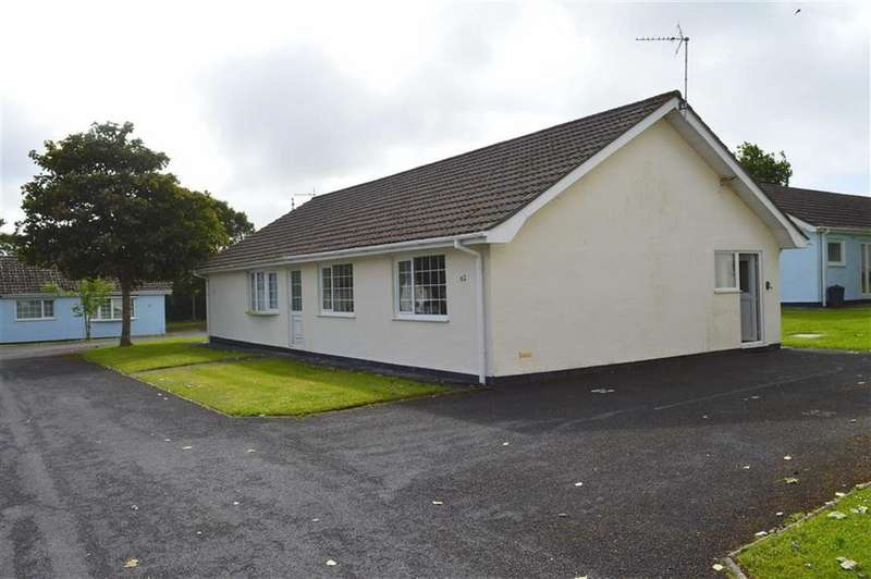 2 Bedrooms Chalet House for sale in Gower Holiday Village, Scurlage, Swansea