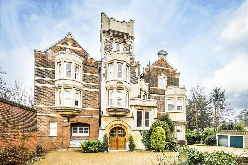 3 Bedrooms Flat for sale in Sydenham Hill, London, SE26