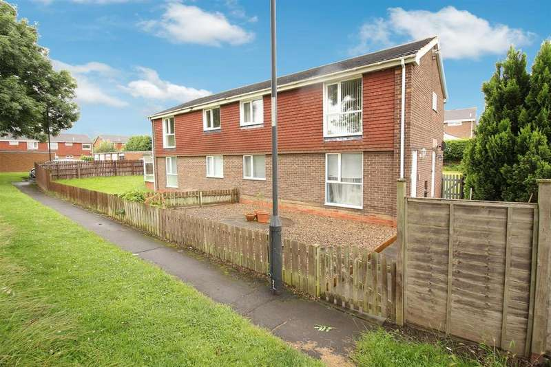 2 Bedrooms Flat for sale in Exeter Road, Wallsend
