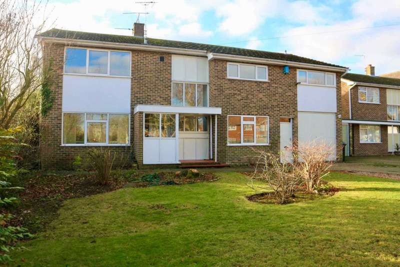 5 Bedrooms Detached House for sale in South Canterbury Road, Canterbury